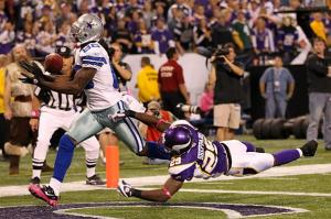 cowboys-receiver-dez-bryant-makes-touchdown-catch-against-vikings