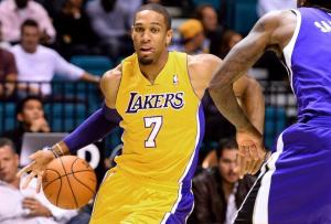 hi-res-184029612-xavier-henry-of-the-los-angeles-lakers-drives-against_crop_north
